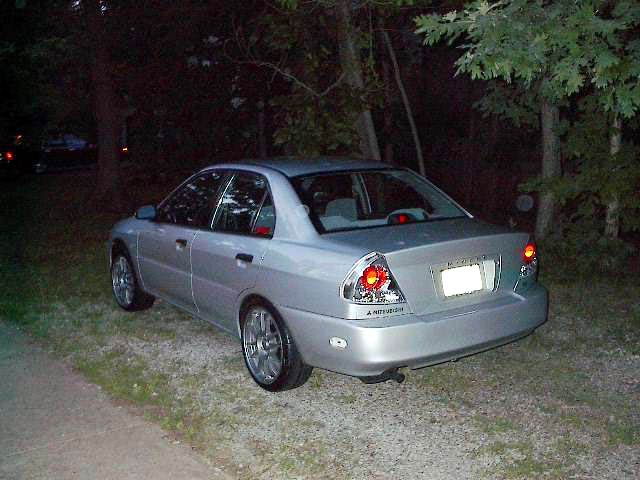 2001 mirage es sedan as well 08 Honda 1 8l Engine Diagram additionally Copart 2001 mitsubishi mirage es salvage certificate chicago north il as well 1995 Mitsubishi Galant Spark Plug Wiring Diagram besides Cam Position Sensor and Sync Pulse Stator. on 2001 mitsubishi mirage 1 8l engine